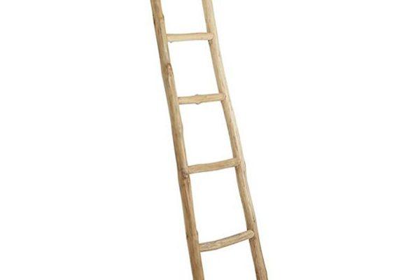 Koop de Nature teak ladder voor in de badkamer op BadkamerID.nl!