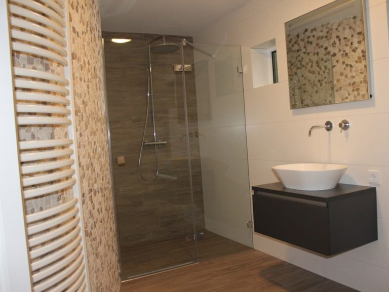 Luxe badkamer met sauna - Vlijmen - Badkamer ID Vught